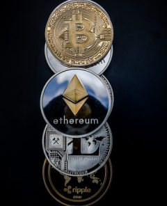 cryptocurrency-3409641_640